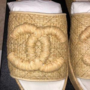 Nib Chanel 4 Raffia Slides